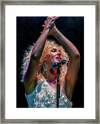 Kimberly Schlapman Framed Print by Bill Gallagher