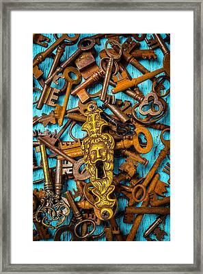 Kings Face Key Hole Framed Print by Garry Gay