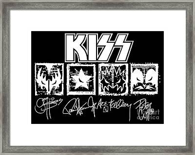 Kiss No.04 Framed Print