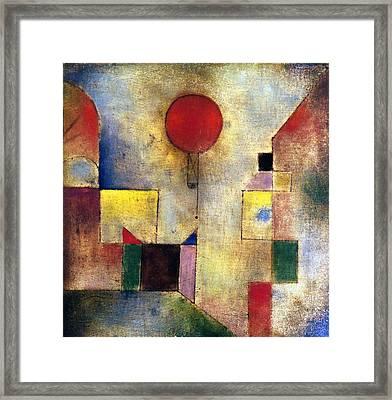 Klee: Red Balloon, 1922 Framed Print by Granger