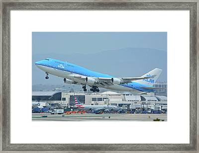 Framed Print featuring the photograph Klm Boeing 747-406m Ph-bfh Los Angeles International Airport May 3 2016 by Brian Lockett