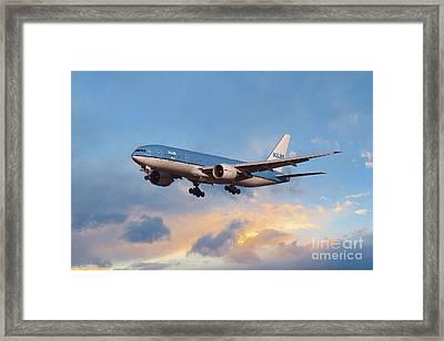 Klm Royal Dutch Airlines Boeing 777-206 Framed Print
