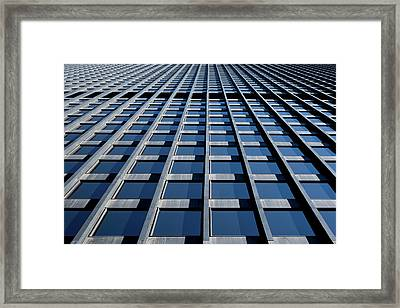 Kluczynski Federal Building Chicago Framed Print by Steve Gadomski