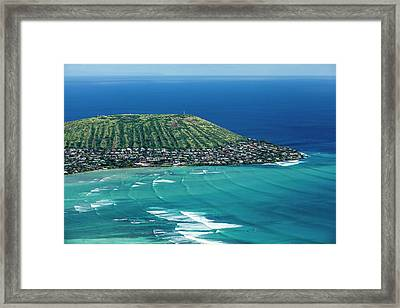 Koko Head Surf Framed Print by Sean Davey
