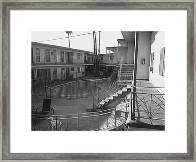 La Apartment Pool - Black And White Framed Print