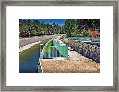 L.a. River Studio City Framed Print by David Zanzinger