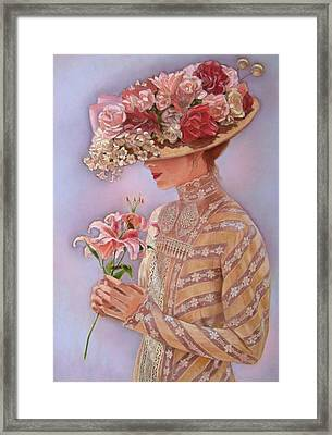 Lady Jessica Framed Print by Sue Halstenberg