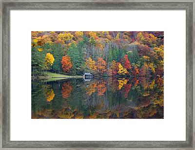 Lake Logan Boathouse In Fall Framed Print