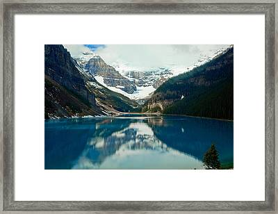 Lake Louise 1783  Framed Print by Larry Roberson