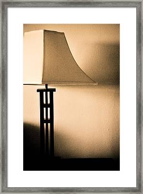 Lamp Framed Print by Roberto Bravo