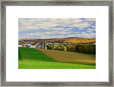 Lancaster County Amish Farm  Framed Print by William Jobes