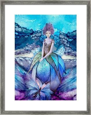 Larmina Framed Print by Mo T