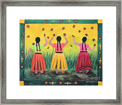 Las Monarcas Framed Print
