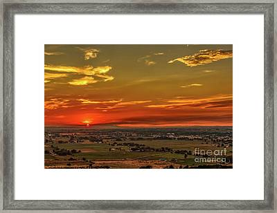 Last Of The Sun Framed Print by Robert Bales