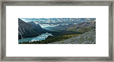 Last Rays Of Light Over Peyto Lake Framed Print