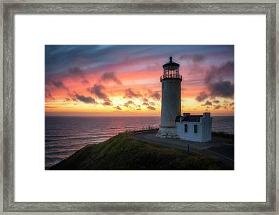 Framed Print featuring the photograph Lasting Light by Ryan Manuel