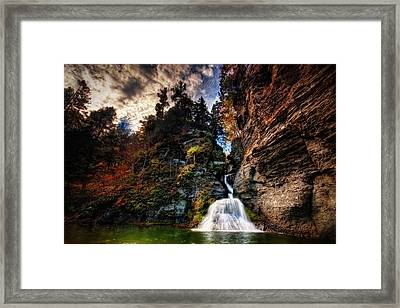 Laurelindorinan Framed Print