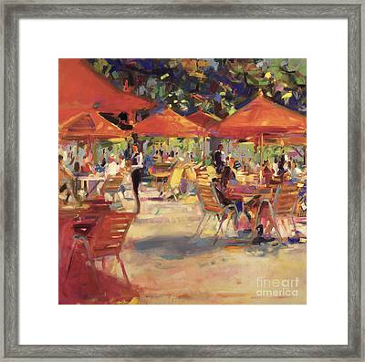 Le Cafe Du Jardin  Framed Print by Peter Graham