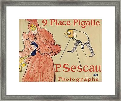 Le Photographe Sescau Framed Print