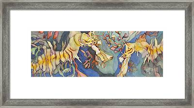 L'hippocampe Jaune Framed Print by Liduine Bekman