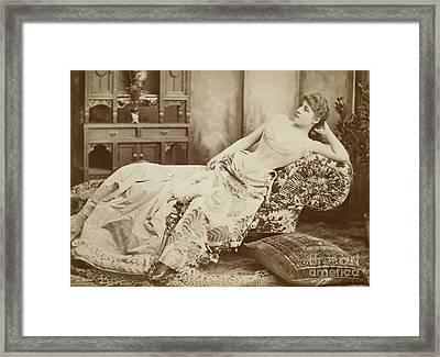 Lillie Langtry (1852-1929) Framed Print by Granger