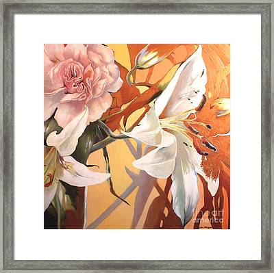 Lilly Melange Framed Print by Lin Petershagen