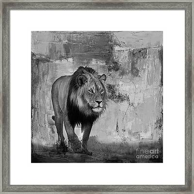 Lion Hunt 04 Framed Print by Gull G