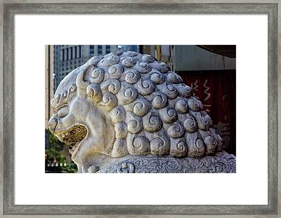 Lion Statue Chinatown Nyc Framed Print by Robert Ullmann