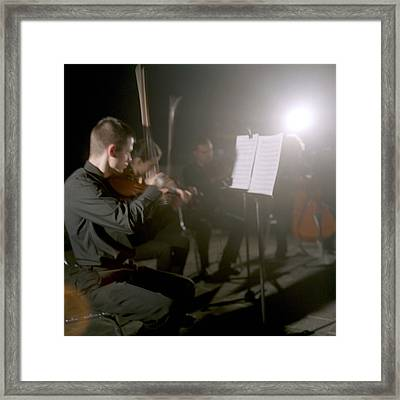 Live Music In Doha Framed Print by Paul Cowan