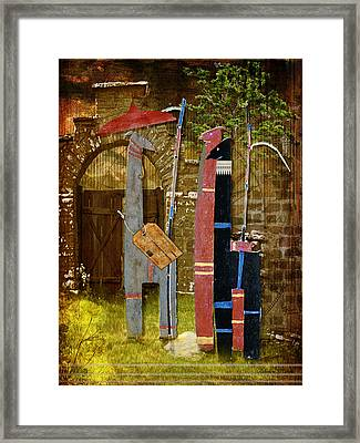 Llamas Say Goodbye Framed Print by Bellesouth Studio