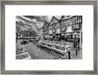 Llandoger Trow Framed Print by Don Hooper
