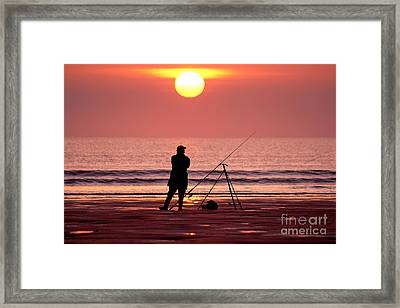 Llangennith Fishing At Sundown Framed Print