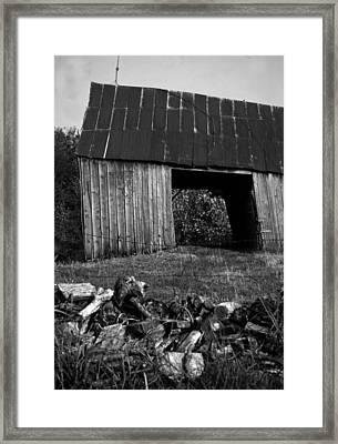 lloyd-shanks-barn-2BW Framed Print by Curtis J Neeley Jr