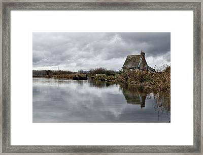 Lock Keepers Cottage At Topsham Framed Print by Pete Hemington