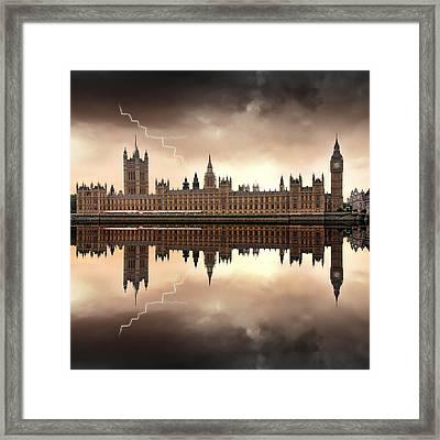 London - The Houses Of Parliament  Framed Print by Jaroslaw Grudzinski