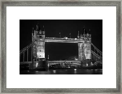 London Bridge At Night Bw Framed Print by Kamil Swiatek