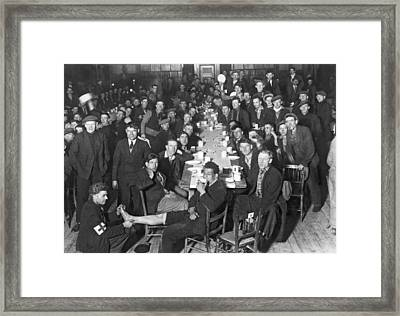 London Hunger Marchers Framed Print by Underwood Archives