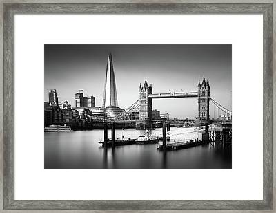 London, Old And New, Bw Framed Print by Ivo Kerssemakers