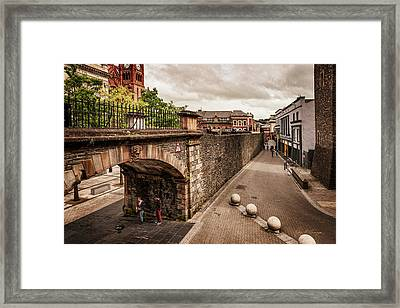 Londonderry Song Framed Print