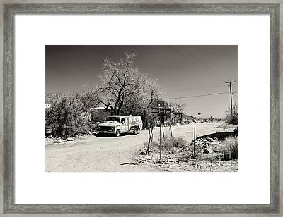 Long Way To Tennessee Framed Print by Juergen Klust