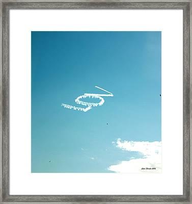 Lov In The Air  Framed Print