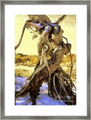 Lovers Dance - Golden Shores Framed Print