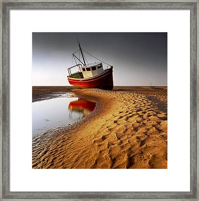 Low Tide Framed Print by Peter OReilly