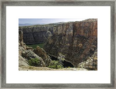 Lower Layout Creek, Bighorn Canyon Framed Print by Gary Beeler