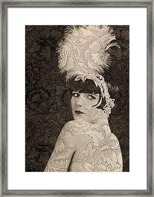 Lulu In Hollywood Framed Print by Sarah Vernon