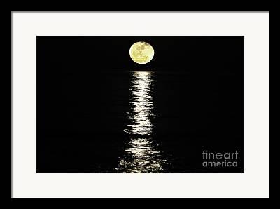 Lune Photographs Framed Prints