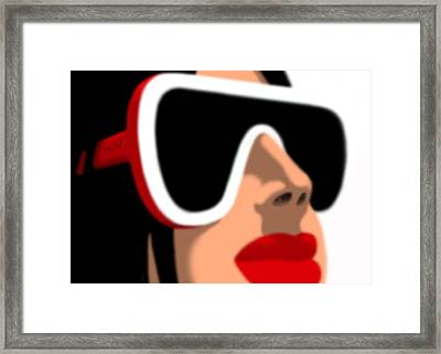 Lunch Hour Framed Print by Tom Dickson
