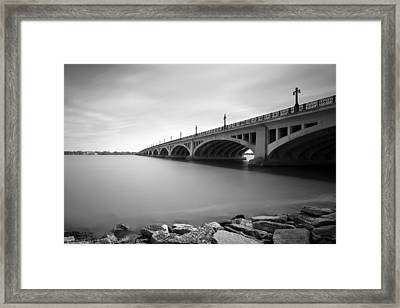 Macarthur Bridge To Belle Isle Detroit Michigan Framed Print