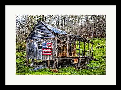Farm In Franklin Tennessee Framed Prints