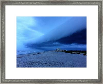 Magnificence  Framed Print by Carlos Avila